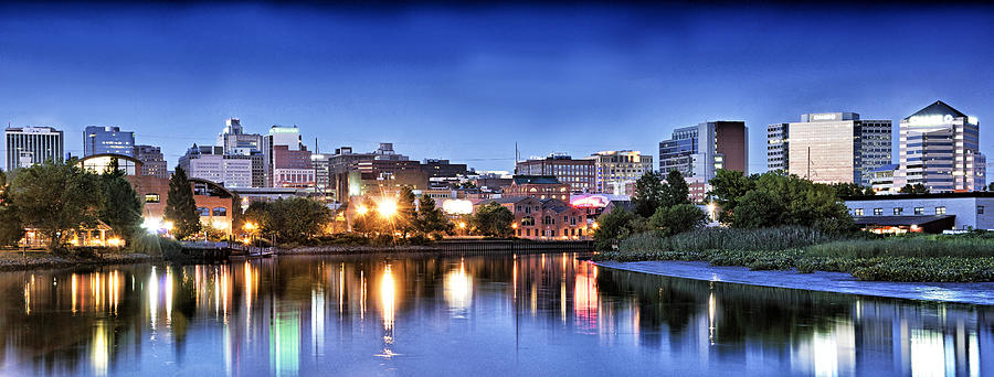 http://images.fineartamerica.com/images/artworkimages/mediumlarge/1/wilmington-delaware-skyline-at-dusk-brendan-reals.jpg