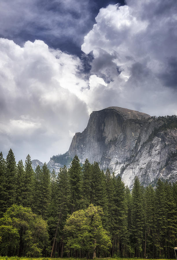 dome mountain formation The dome of stone mountain is almost entirely composed of medium- to coarse- grained granite the mineralogy of the granite consists of quartz, alkali feldspar,.