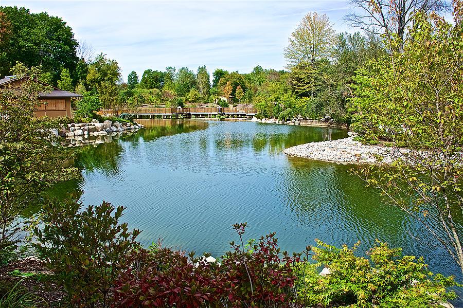 Zig zag bridge across pool in japanese garden in meijer Meijer gardens grand rapids michigan