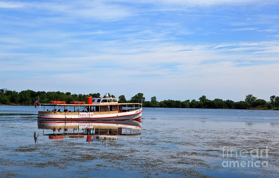 Boat Tours On Lake Erie Photograph