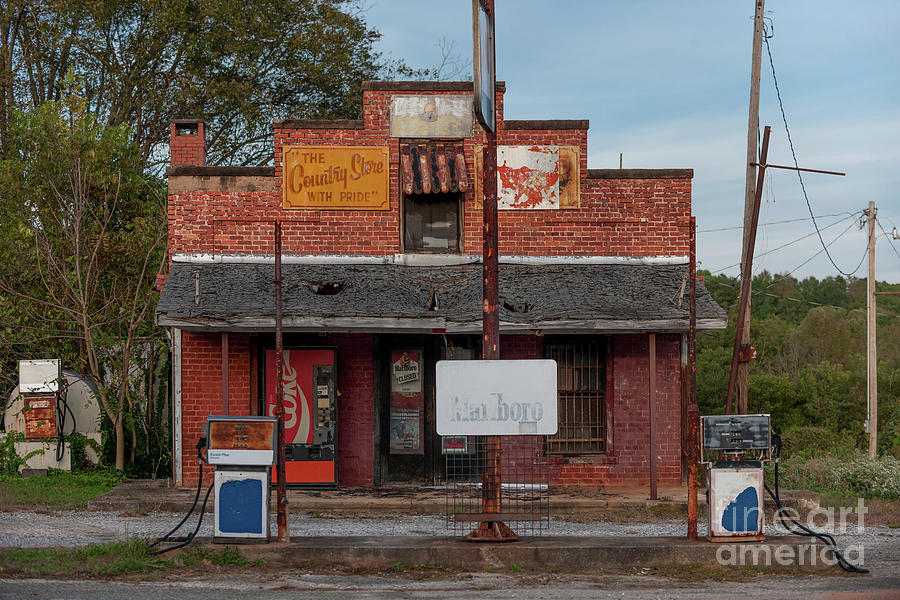 Days Of Old - Country Store In Inman South Carolina Photograph