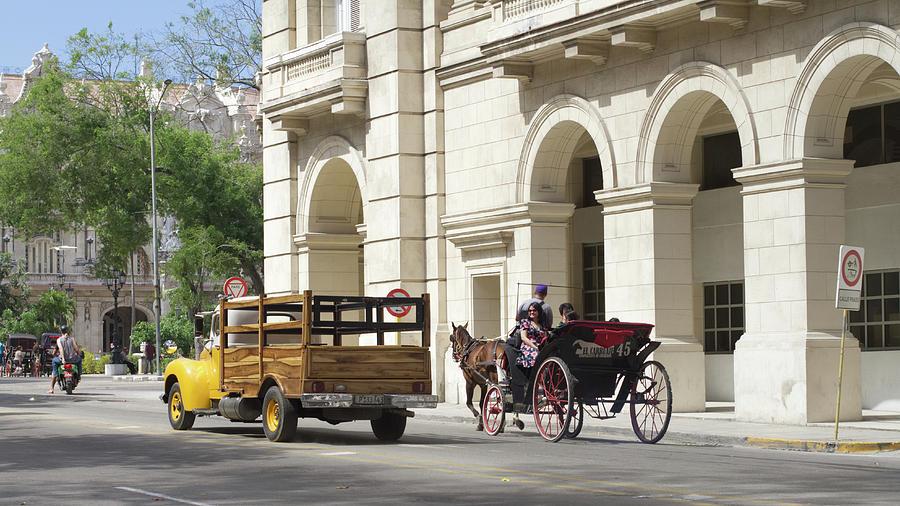 Havana Tres Transports Photograph