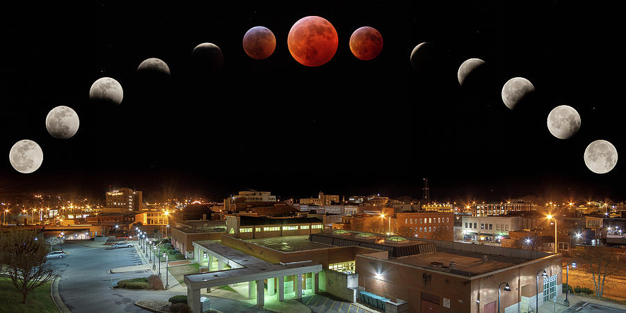 Super Blood Wolf Moon Eclipse Over Bristol Photograph