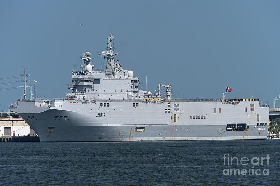 Tonnerre L9014 Docked In Charleston Sc Photograph