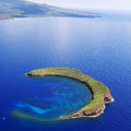 Molokini Aerial by Ron Dahlquist - Printscapes