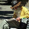 Walt Reading  by Robert Knight