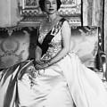 British Royalty. Queen Elizabeth II by Everett
