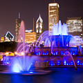Buckingham Fountain At Night With Chicago Skyline by Paul Velgos