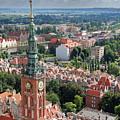 Gdansk by Jaroslaw Grudzinski