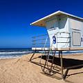 Lifeguard Tower Photo by Paul Velgos