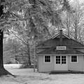 Lochiel School House by Bill Kellett