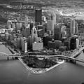 Pittsburgh 8 by Emmanuel Panagiotakis