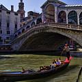 Rialto Bridge In Venice Italy by David Smith