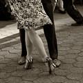 Tango In The Park by Leslie Leda