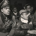 Tuskegee Airmen Of The 332nd Fighter by Everett