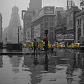 Yellow Cabs New York by Andrew Fare
