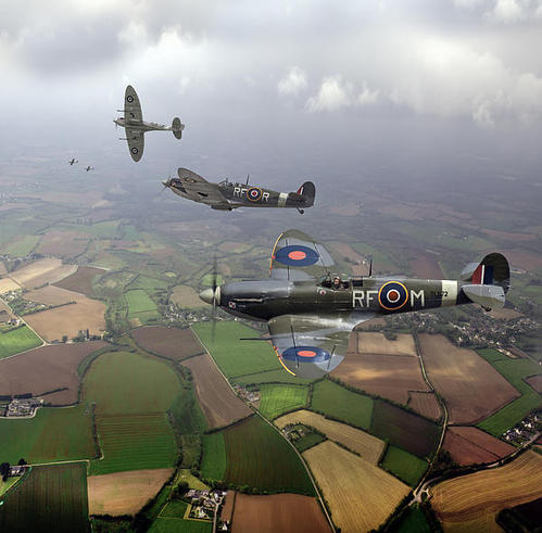 Gary Eason - Spitfire sweep colour ver... Print