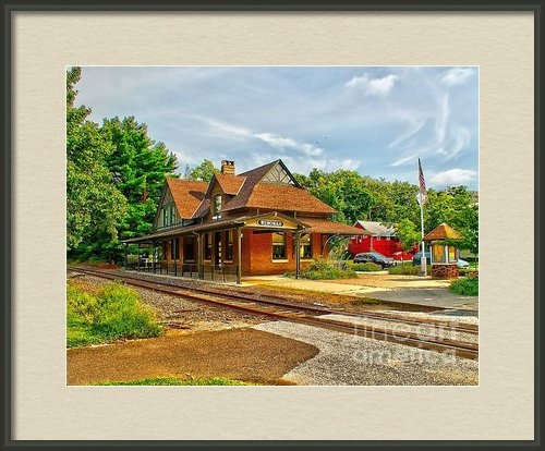 Nick Zelinsky - Wenonah Train Station Print