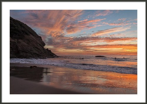 Cliff Wassmann - Surfers and Sunset at Str... Print