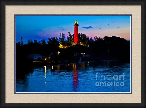 Brenda Gutierrez Moreno - Sunrise at the Jupiter Li... Print