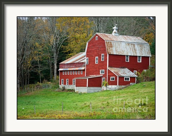 Edward Fielding - Old Red Vermont Barn Print