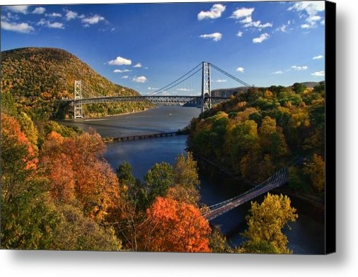 June Marie Sobrito - The Hudson River Valley i... Print