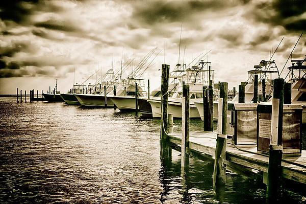Dan Carmichael - Stormy Marina on the Oute... Print