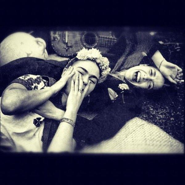 Oscar Lopez - Frida Kahlo & Chavela Var... Print