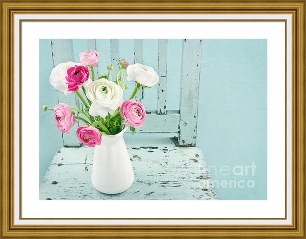 Anna-Mari West - White and pink flowers on... Print