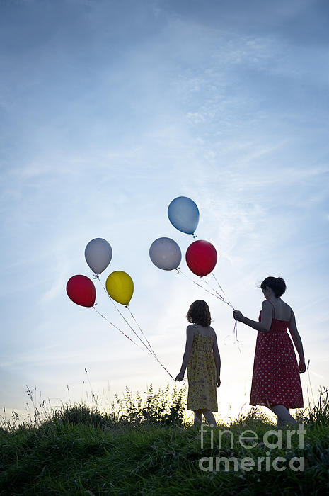 Lee Avison - Two Girls With Balloons Print