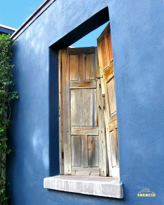 Allan Sorokin - Tucson barrio blue wall w... Print
