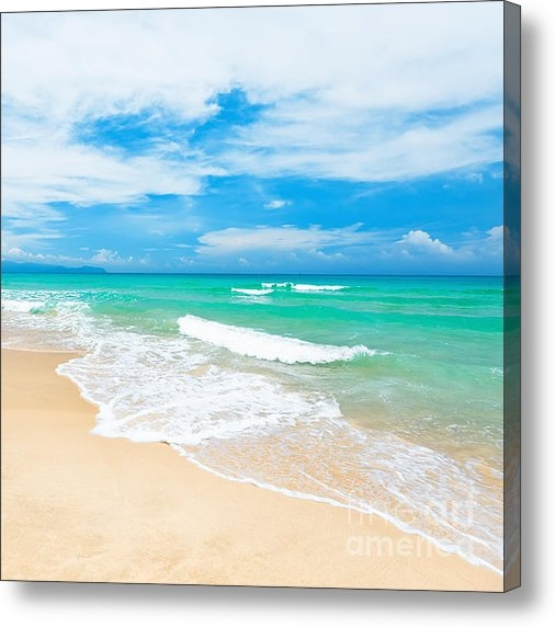 MotHaiBaPhoto Prints - Beach Print