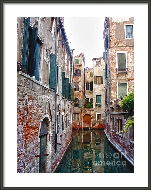 Julie Palencia - City of Water Print