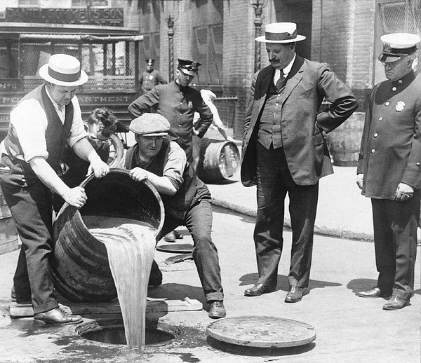 Science Photo Library - Prohibition raid, 1920s N... Print