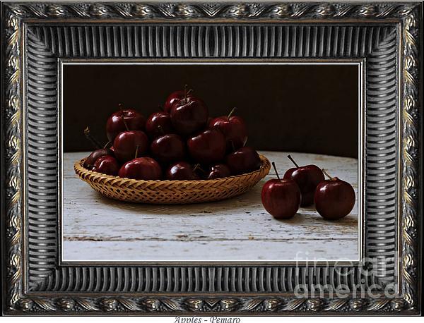 Pemaro - Apples