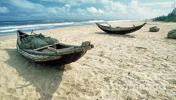 Kim Lessel - Boats at Da Nang Beach