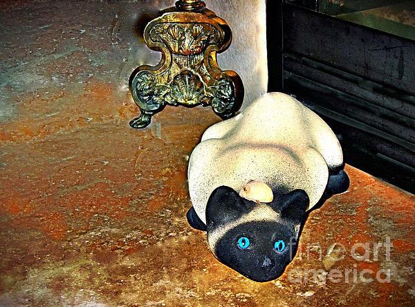 Phyllis Kaltenbach - Cat and Mouse