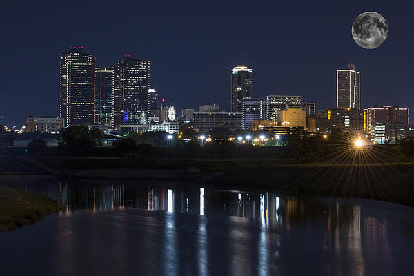 Jonathan Davison - Fort Worth Skyline Super Moon