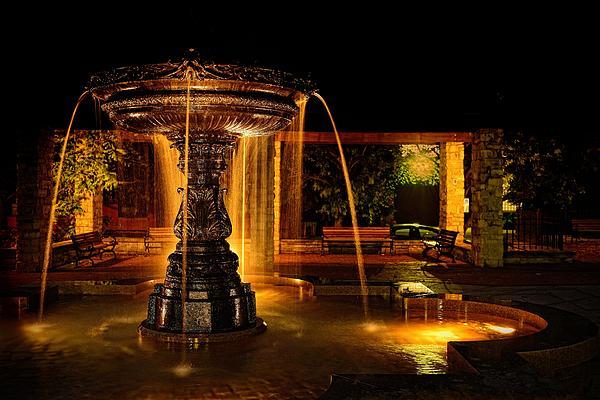 Don Dennis - Golden Fountain