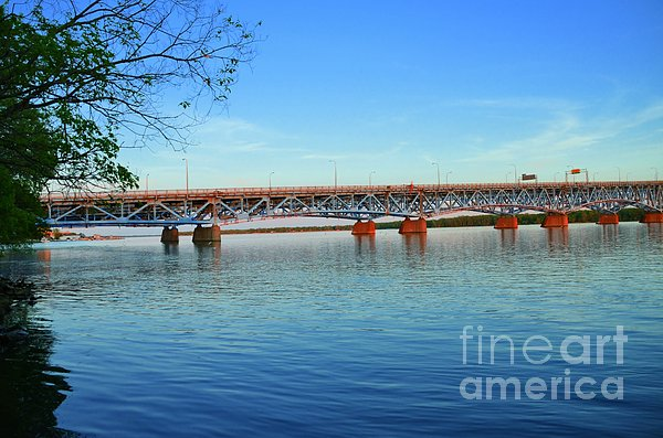 Kathleen Struckle - Grand Island Bridge 2