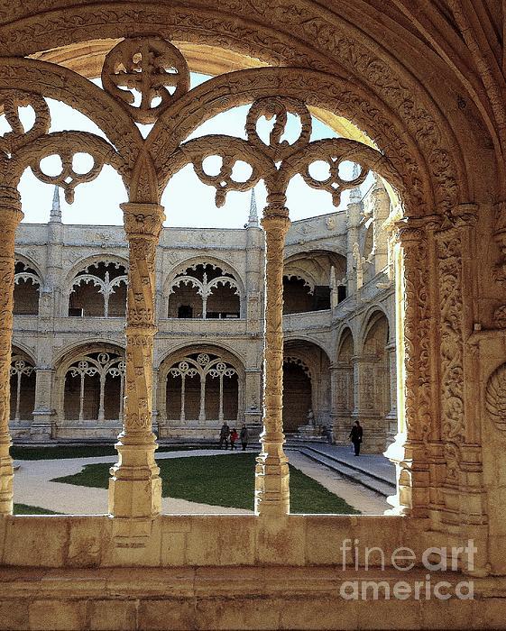 Noa Yerushalmi - Jerominos Monastery