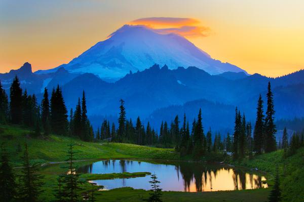 Inge Johnsson - Mount Rainier Goodnight