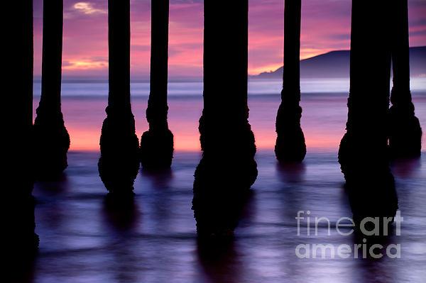 Gregory Ballos - Purple Sunset at Pismo Beach - California