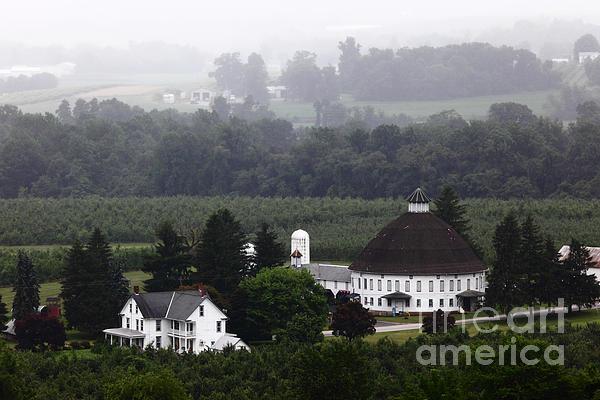 James Brunker - Round Barn near Gettysburg