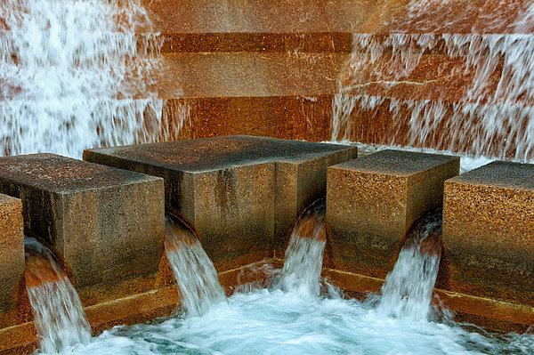 Rachel Cohen - Rushing Water