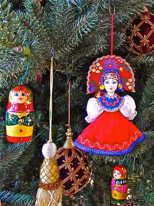 russian christmas tree decoration in fredrick meijer gardens and