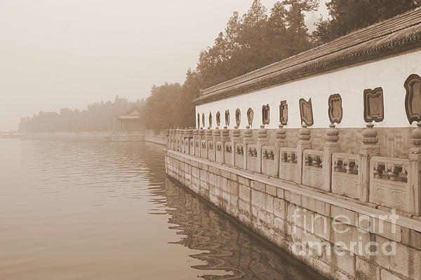 Carol Groenen - Serene Summer Palace Lake