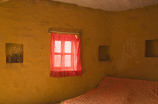 Sunil Kapadia - SKN 1024 The Guest Room
