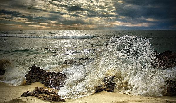 Kym Clarke - Splash n Sunrays