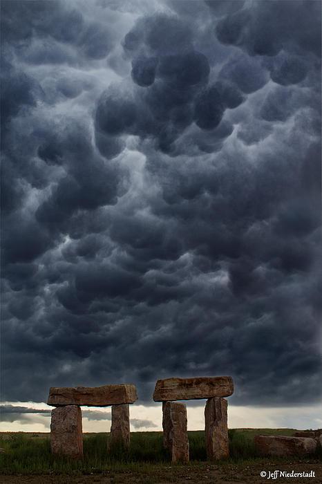Jeff Niederstadt - Stormhenge